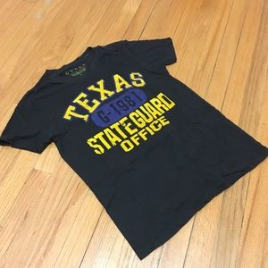 GUESS Texas Graphic T-shirt